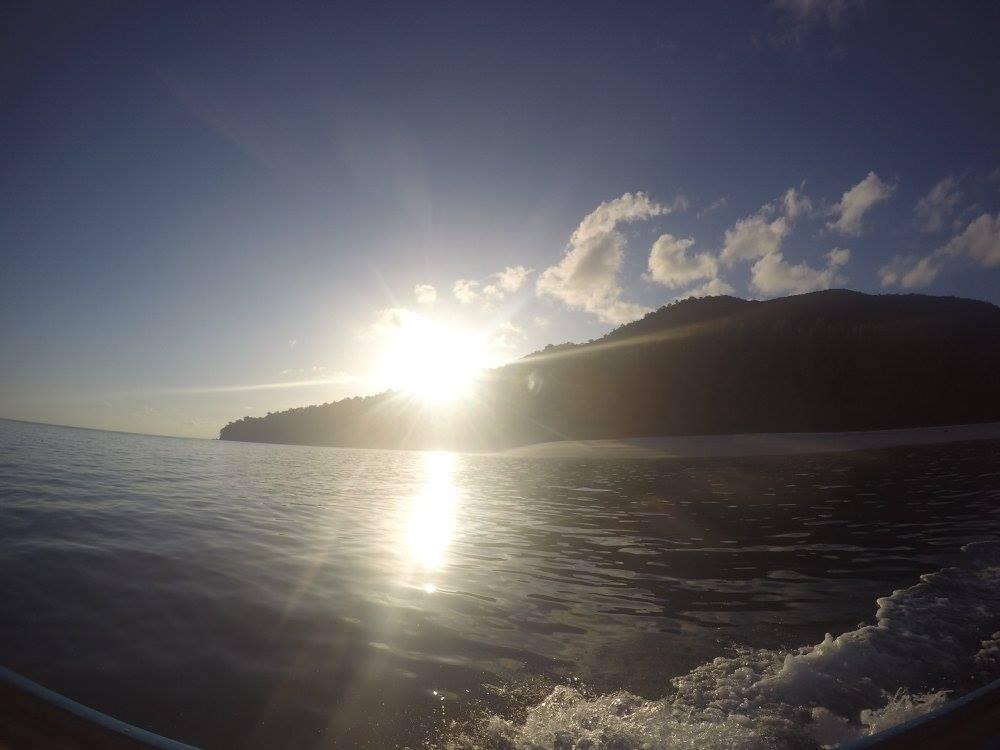 Adang Snorkeling Sunset